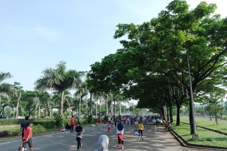 Jalanan yang berubah jadi jogging track
